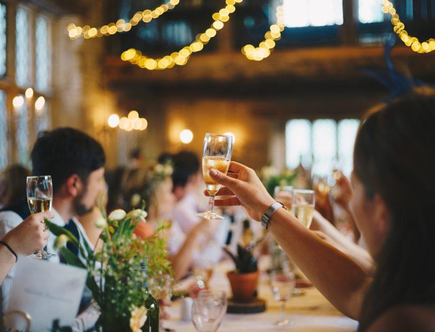 Il brindisi agli sposi